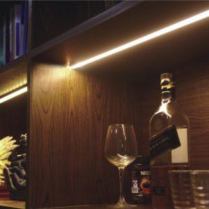 תאורה משולבת בנגרות